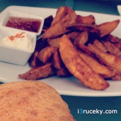 Kuppadeli Wedges