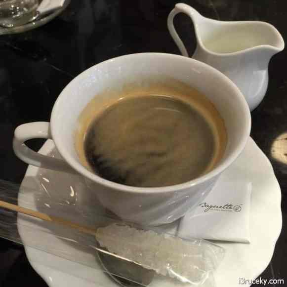 la baguette coffee