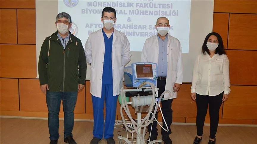 "Afyonkarahisar'da bilim insanları ""UV-C"" sterilizatör tasarladı 1"