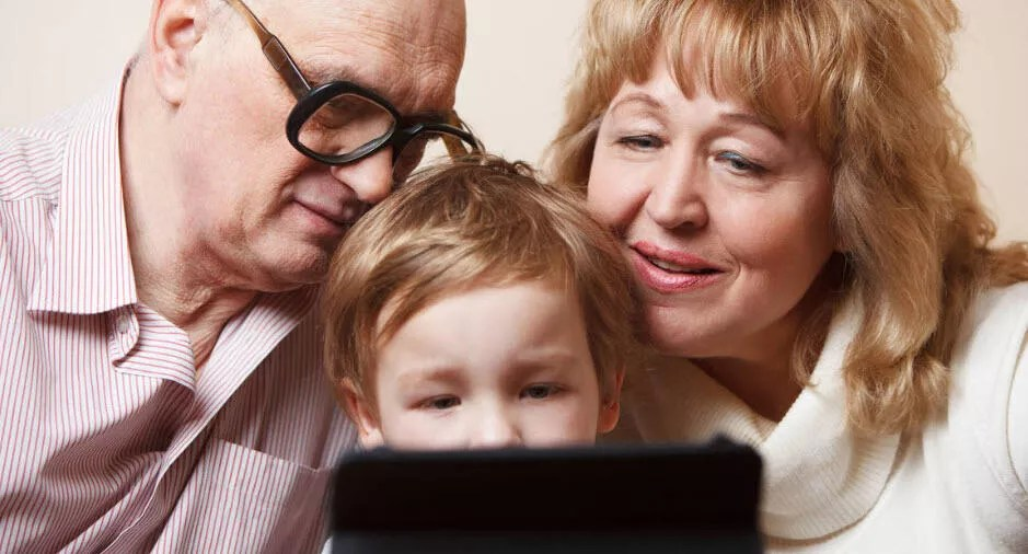 Aileler, çocuklarının isim ve fotoğraflarını toplumsal medyada paylaşıyor 1