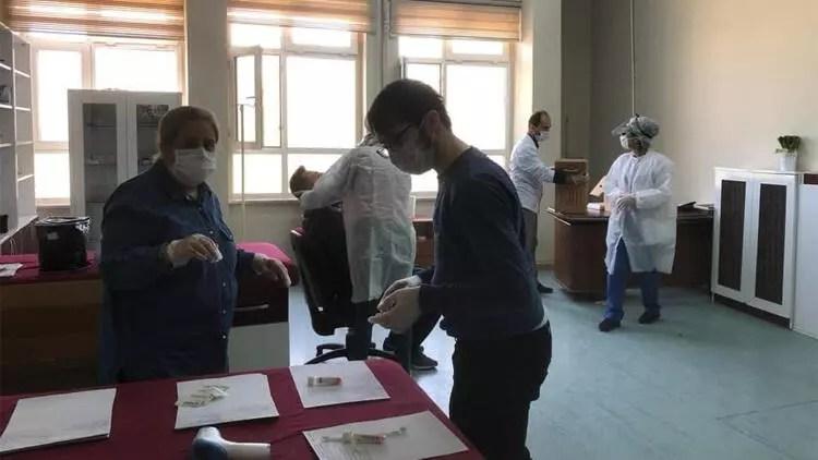 Elazığspor'da koronavirüs testi yapıldı 1