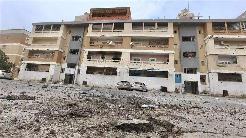 Hafter milislerinin Libya'nın başşehri Trablus'a roketli atağında 5 sivil öldü 1