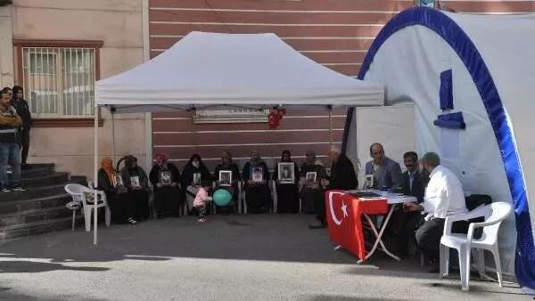 HDP önündeki eylemde 67'nci gün