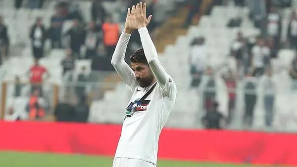Denizlispor taraftarı yuhaladı, Beşiktaş taraftarı alkışladı!