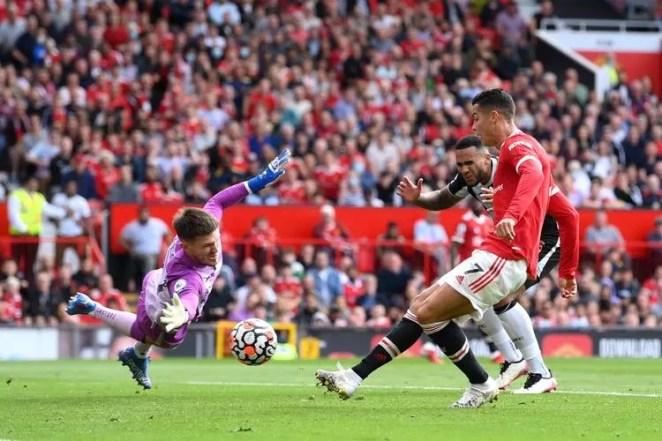 Cristiano Ronaldo, Manchester United ile bir kez daha tarihe geçti! Daha ilk maçında... 23