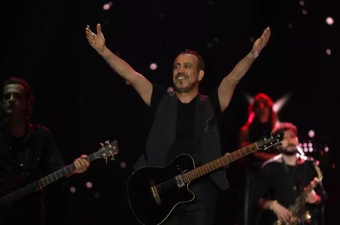 Anadolu Rockın kahramanı Haluk Levent Kuruçeşmede