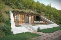 Lord of the Rings-inspired Hobbit houses carved into ...