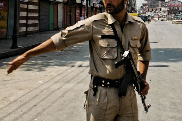 Indian police officer ...