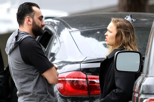 https://i0.wp.com/i4.mirror.co.uk/incoming/article7299473.ece/ALTERNATES/s615b/PAY-Ronda-Rousey-hugs-trainer-Edmond-Tarverdyan-days-before-he-was-suspended-and-fined.jpg?w=723