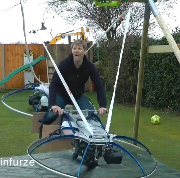 Screen-Shot-2016-04-28-at-230148 Photos: Man builds world's first homemade hoverbike