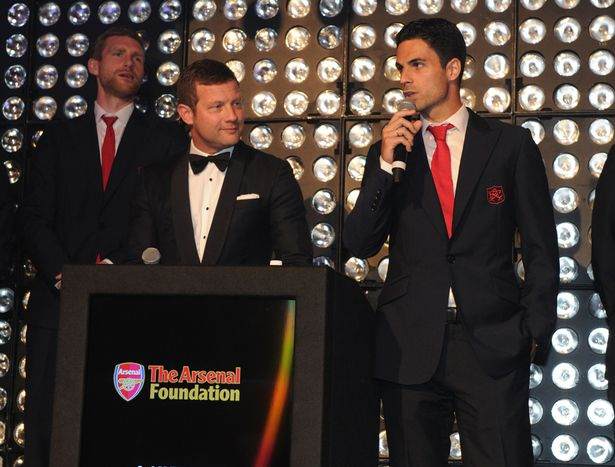 Arsenal-Foundation-Ball Alexis Sanchez, Mesut Ozil and Jack Wilshere among stars to attend Arsenal Foundation charity ball