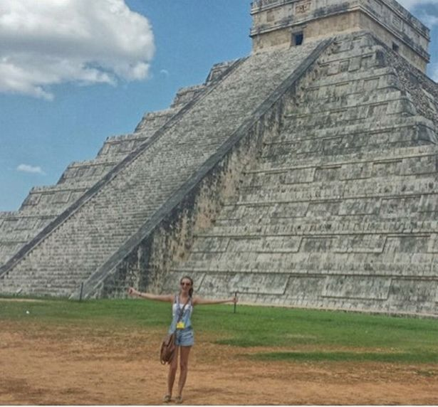 Alyssa Ramos on one of her travel dates in Mexico