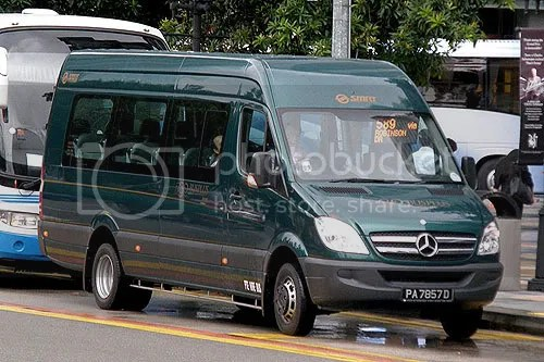 One of the new BusPlus Mercedes Sprinters running Premium route 589 at Fullerton Road. Photo courtesy of Muhd Faizal.
