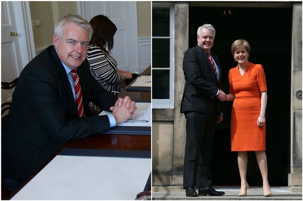 Risultati immagini per sturgeon and carwyn jones