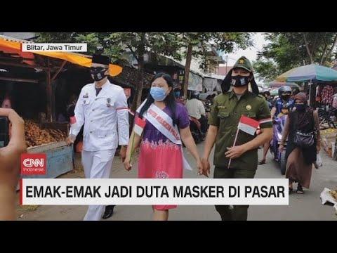 Emak-emak Jadi Duta Masker di Pasar