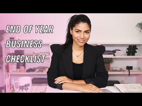 How to End the Year Strong (End of Year Checklist for Freelancers)