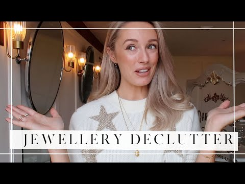 JEWELLERY COLLECTION & DECLUTTER // What I Bought During Cyber Week // Fashion Mumblr AD