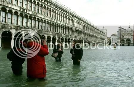 AGUA. Venecia sufrió la mayor inundación en 22 años.