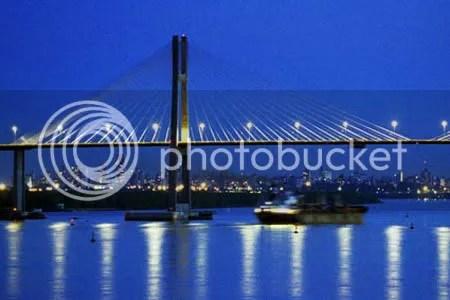 ILUMINAR. Lanzan concurso para iluminar el Puente Rosario-Victoria.