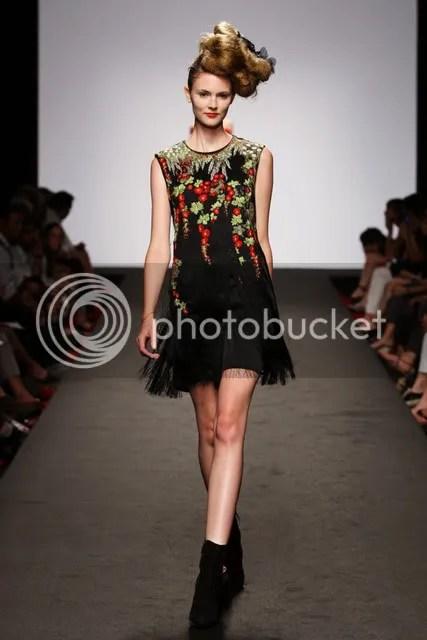 Elisa Palomino,Spring/Summer 2011,The Greyest Ghost