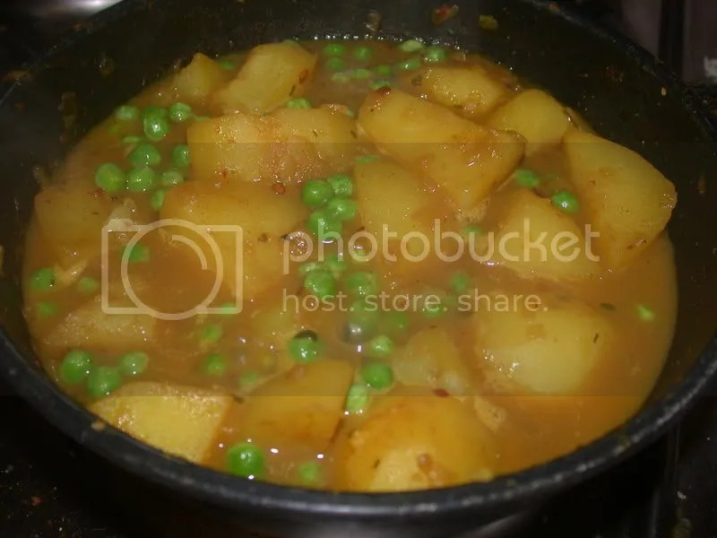 pea and potato curry