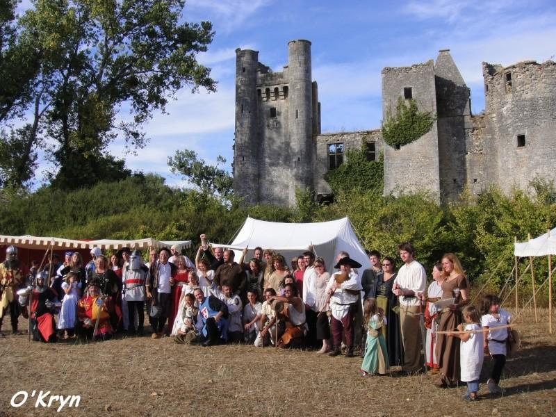 chateau passy les tours la charité sur loire fête médiévale costumes