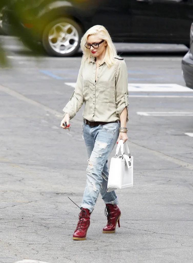 poisepolish Gwen Stefani loves her Chanel Boy
