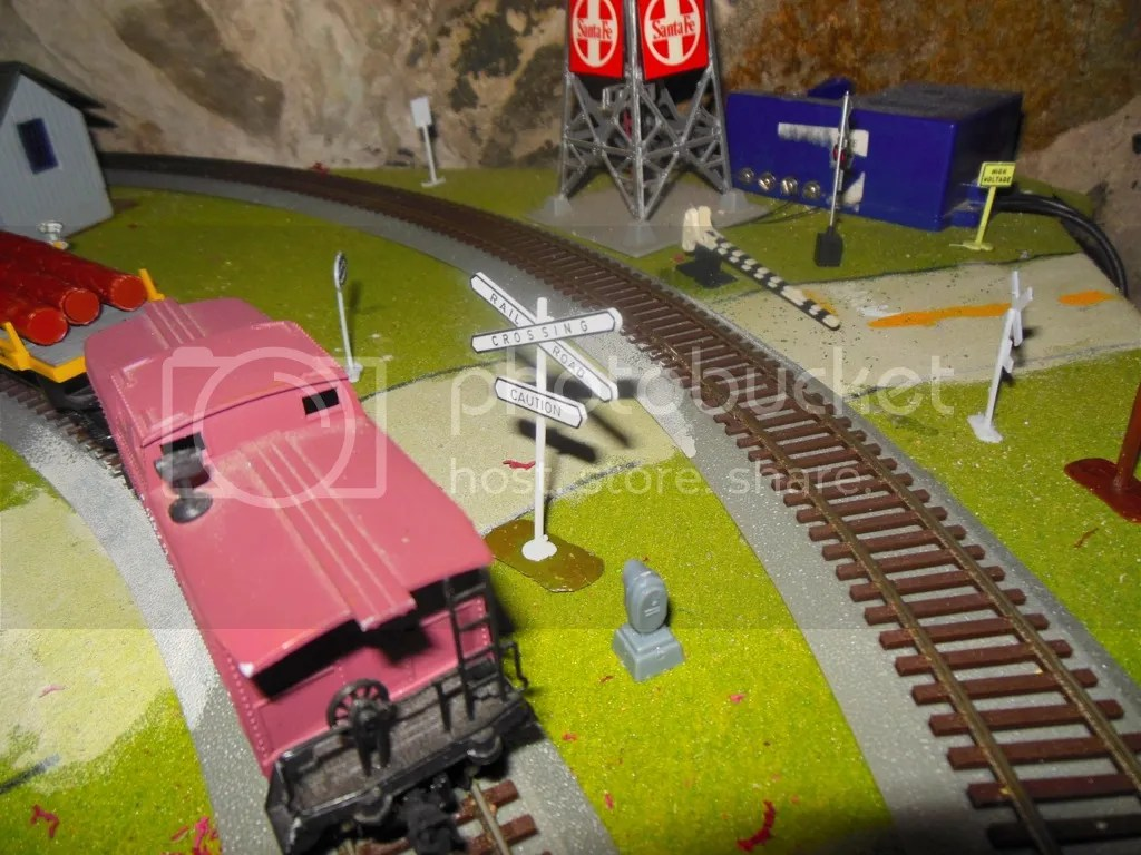 Railroad Crossing Gate Wiring Diagram Also Model Train Layout Wiring