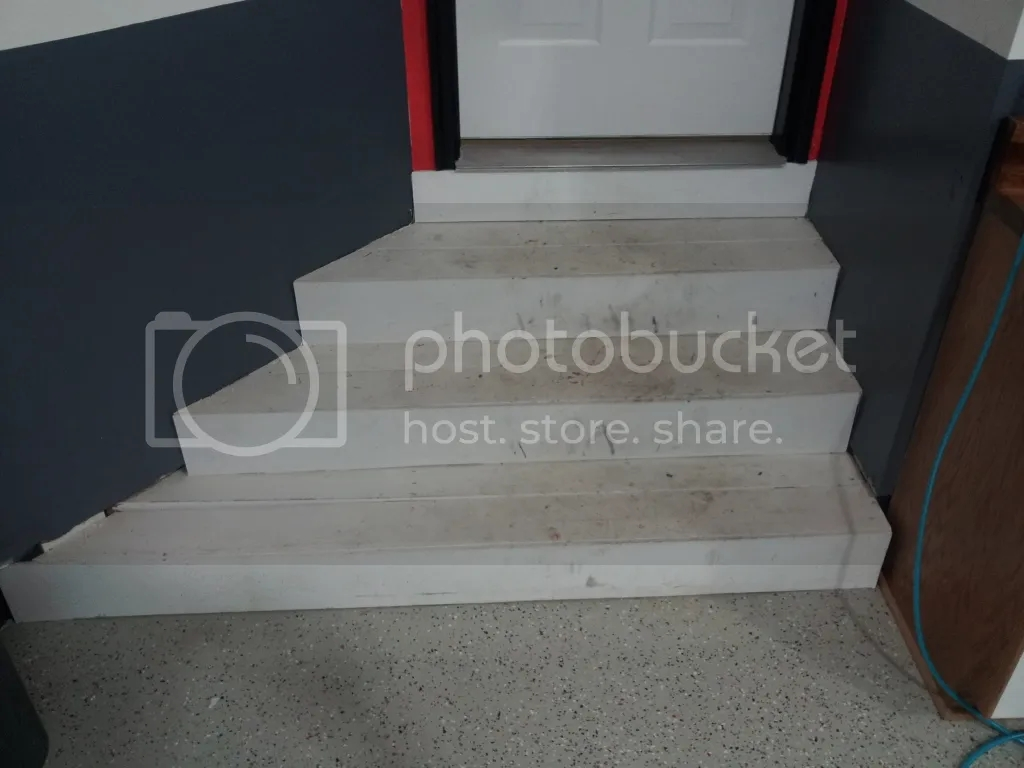 Installing Carpet On Stairs In The Garage Pics The Garage   Installing Carpet On Stairs   Middle   Professional   Stair Bracket   Interior Design   Contemporary