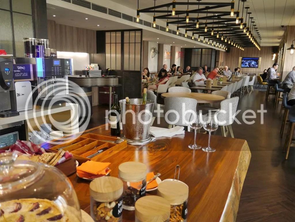 hotel jen tanglin tea club lounge