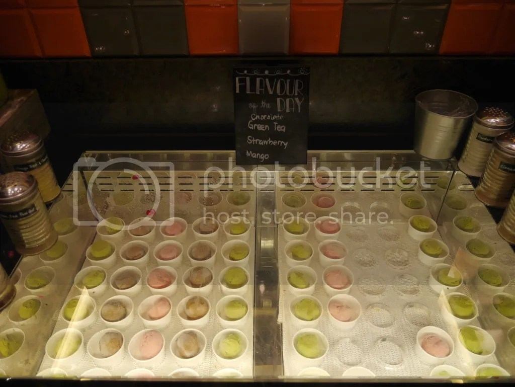 J65 Hotel Jen Tanglin ice cream bar