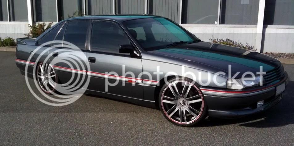 metallic grey sedan klasse