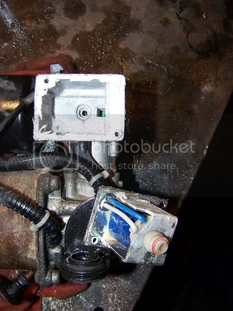 hight resolution of gmc yukon denali xl autoride suspension page 8 car forums at image 2005 tahoe autoride wiring diagram
