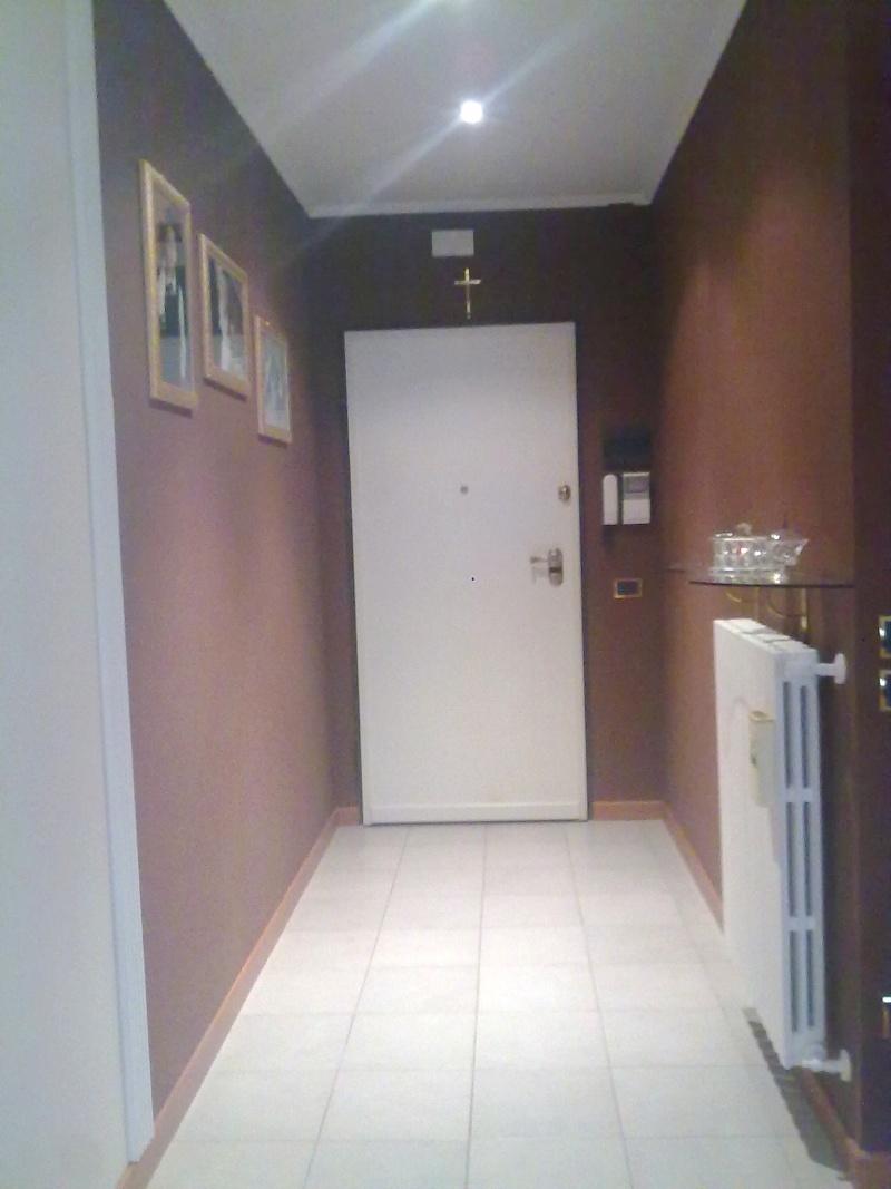Ok aiutino per colore pareti entrata e corridoio