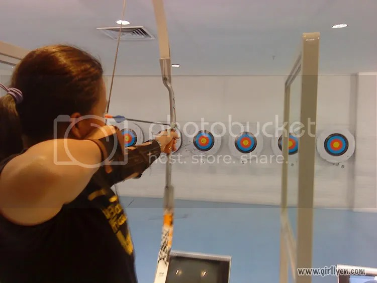 girllyen,archery,freebies