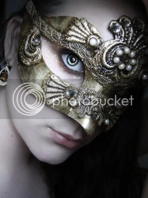https://i0.wp.com/i447.photobucket.com/albums/qq192/smiley2020_bucket/July%202012/mask.jpg