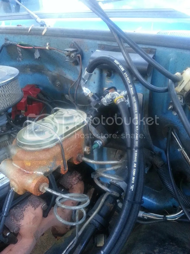 hight resolution of the picture below shows the supply line going into the steering box and the return line leaving it to go to the cooler the line coming from the cooler can