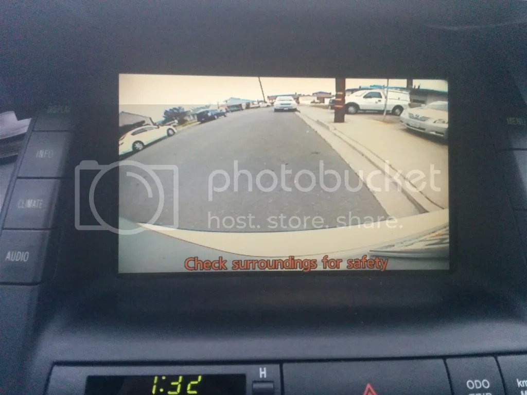 hight resolution of while the clarion camera provides the widest view angle the image quality is sub par the image is a little bit washed out the 06 prius cam give slightly
