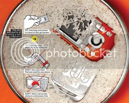 Cách cứu và sửa điện thoại bị dính nước