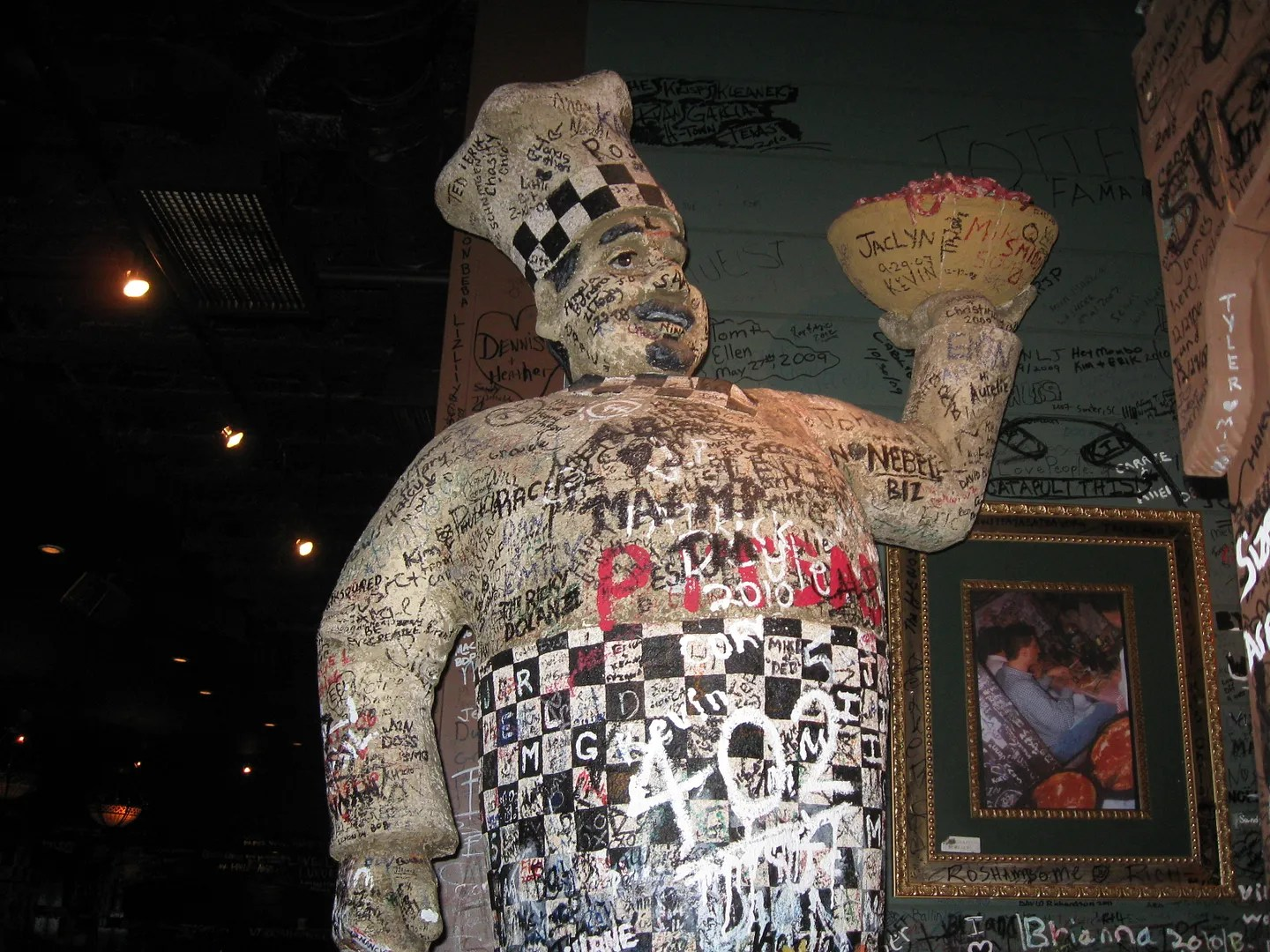 Gino's Pizza, Chicago