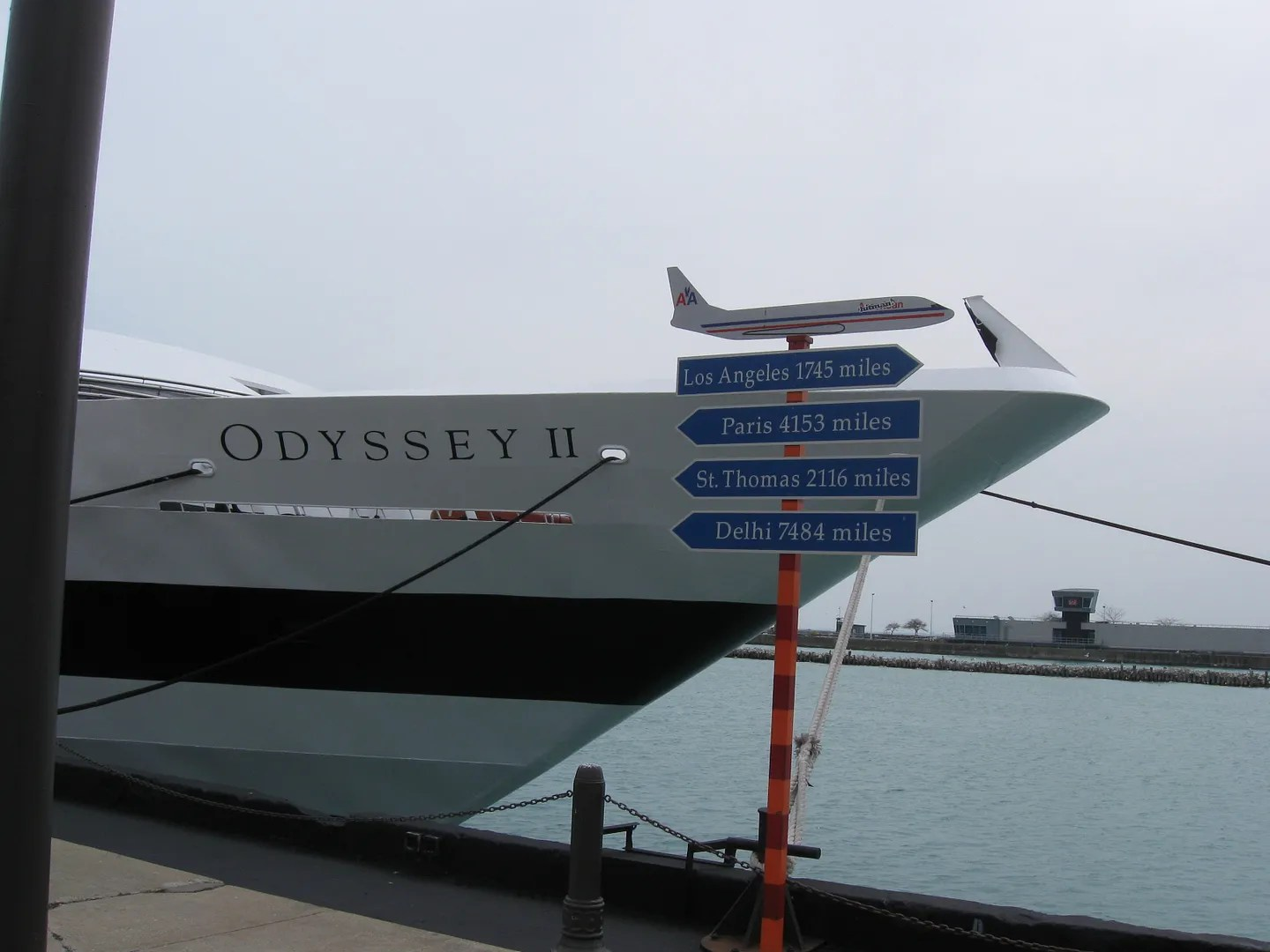 yachts, mileage sign, Navy Pier, Chicago