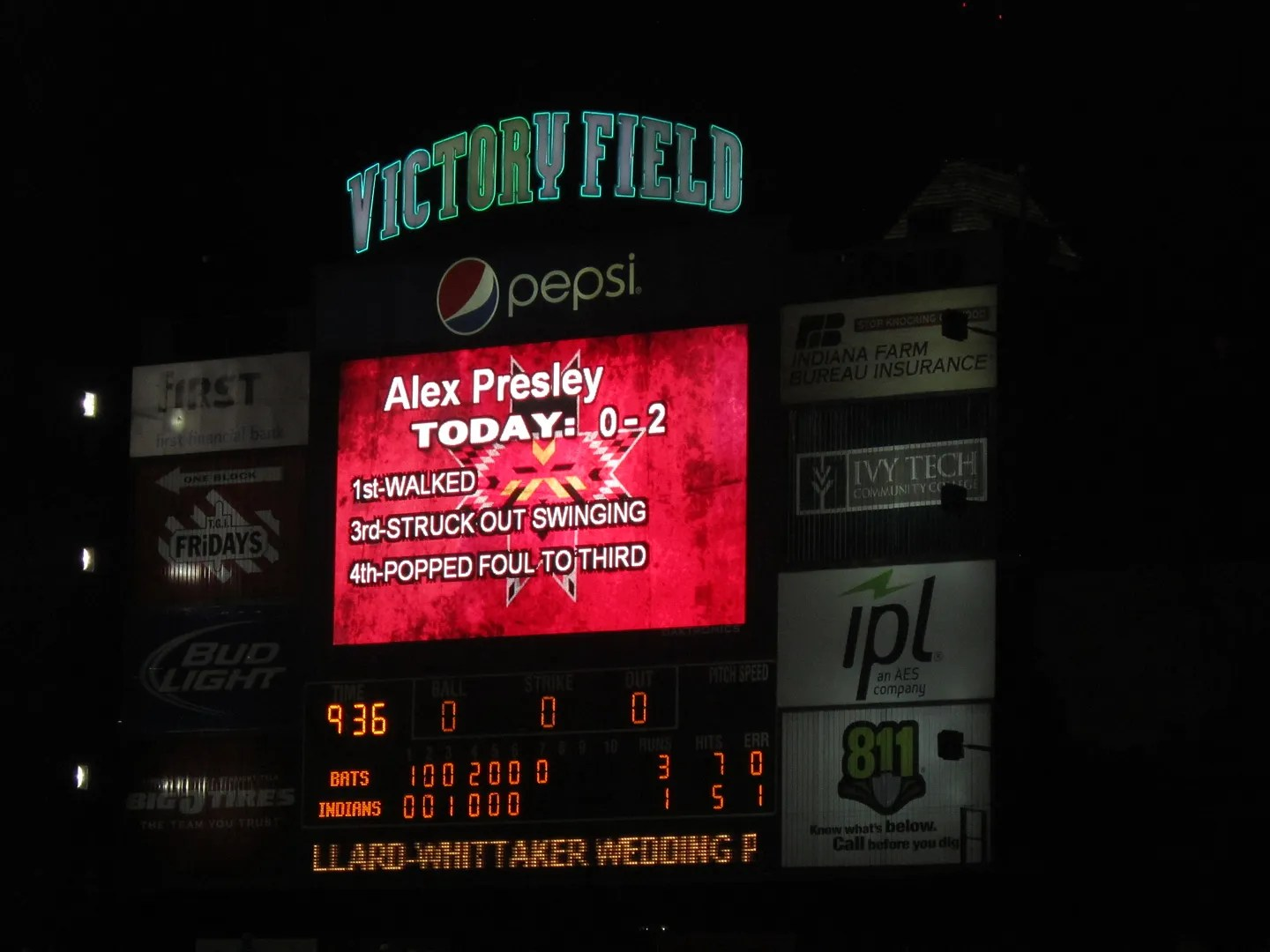 electronic sign board, Victory Field