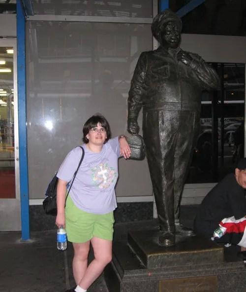 Ralph Kramden statue, Port Authority, Manhattan
