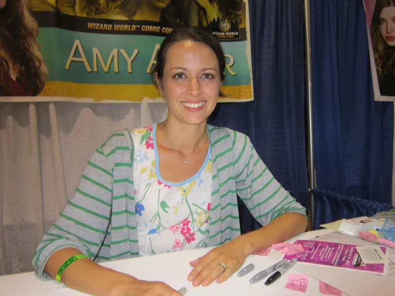 Amy Acker IS Fred AND Illyria AND Whiskey AND Grumpy's Fairy Friend!