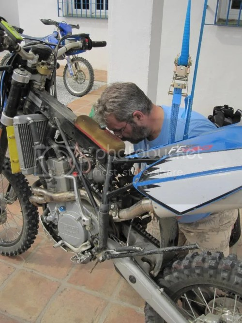 small resolution of fe450 battery removal husaberg forum husaberg 450 2005 battery starter wiring husaberg forum source husaberg coil wiring diagram