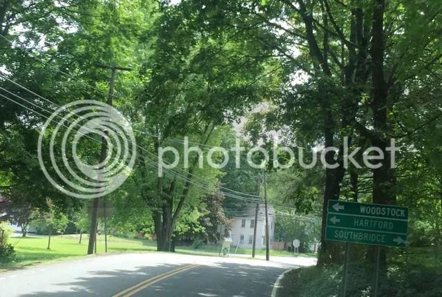 photo Sign to woodstock_zpshco3imo3.jpg