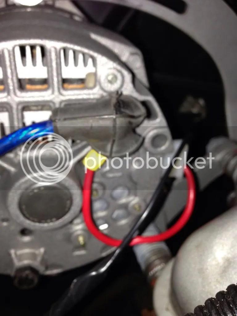 hight resolution of it read 14 4v at idle on the batt on the alternator