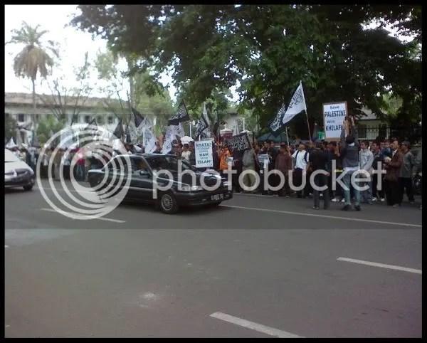 Demo Hizbut Tahrir