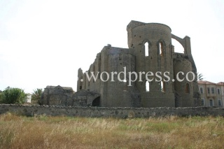 Catedrala ortodoxa Sf Gheorghe si bisericuta de secol XII Sf Simeon
