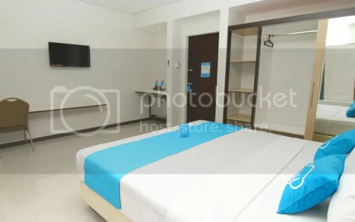 Kamar Hotel Airy Citraland International Surabaya